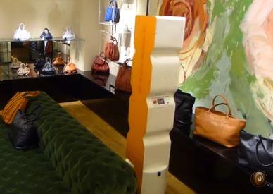 Pal Robotics diseña robot con forma de estantería para inventarios