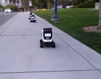 Así es el robot de Kiwi, una compañía de robótica de reparto