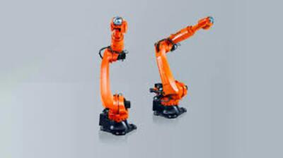 El robot KR QUANTEC que puede soportar hasta 180°C
